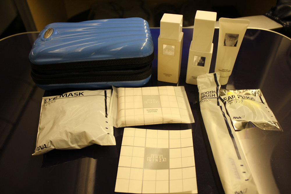 ANA First Class – Amenity kit contents