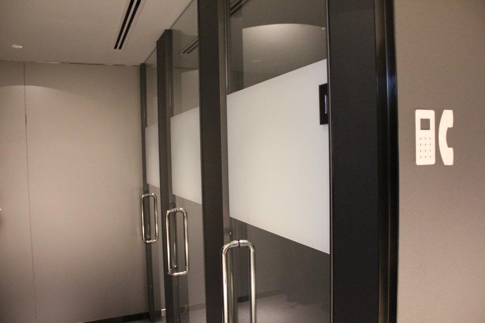 ANA Suite Lounge Tokyo Haneda – Phone booths