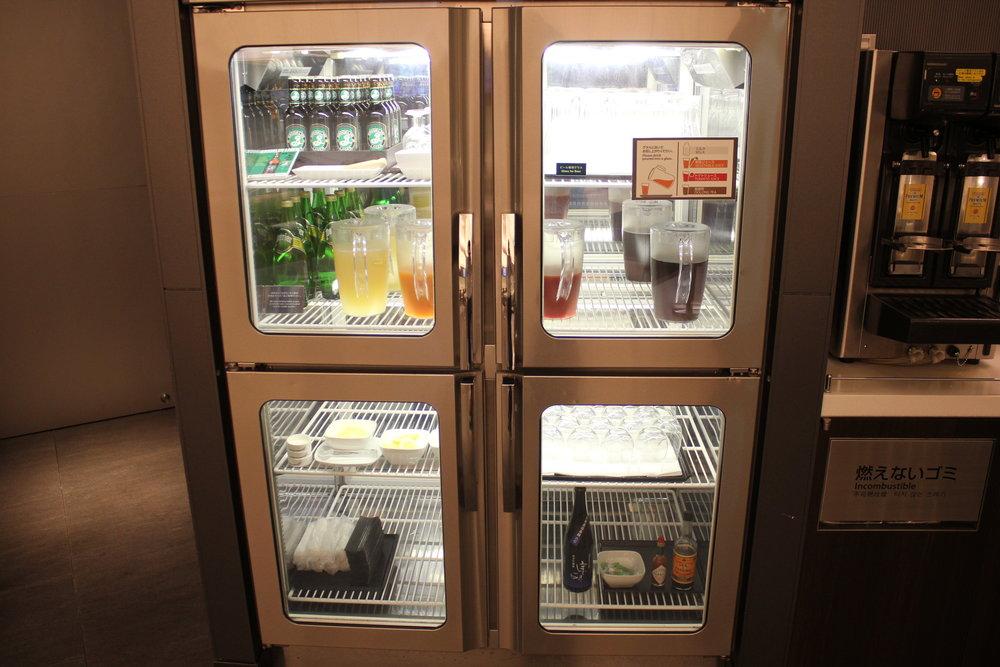 ANA Suite Lounge Tokyo Haneda – Juice