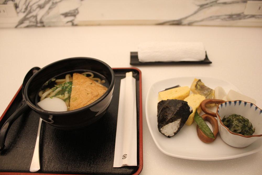 ANA Suite Lounge Tokyo Haneda – Breakfast