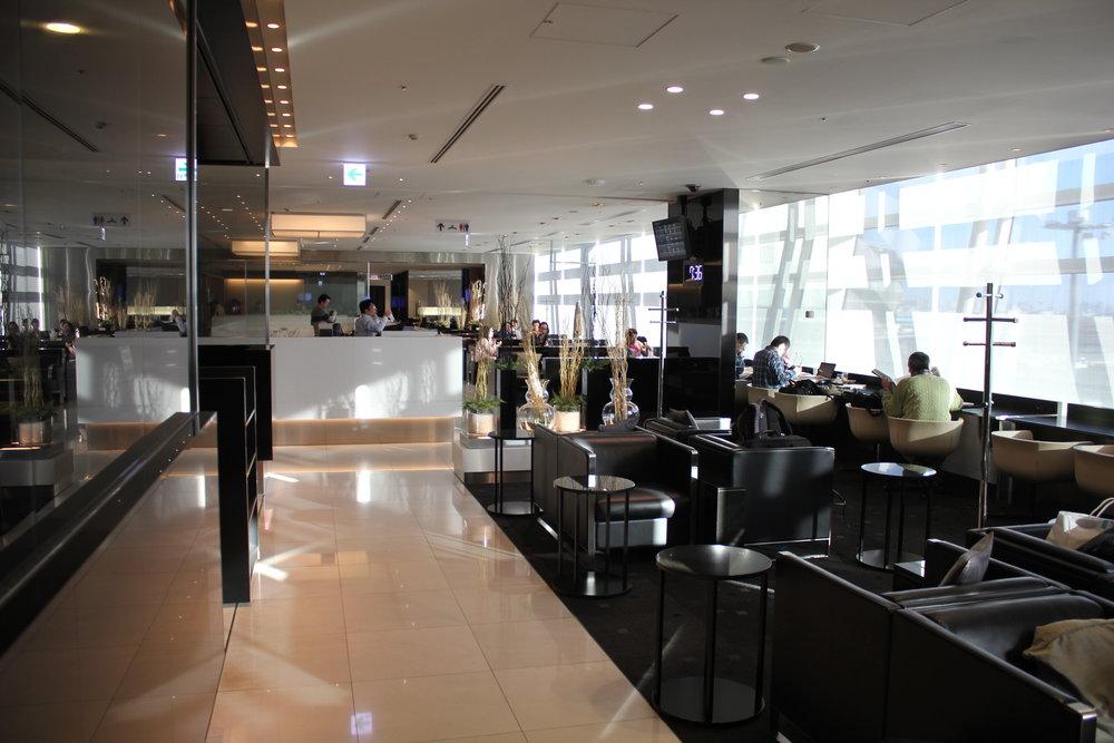 ANA Business Lounge Tokyo Haneda – Interior