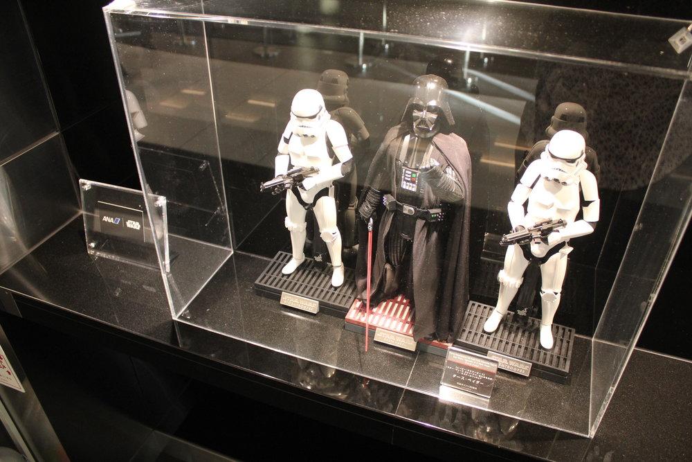 ANA Business Lounge Tokyo Haneda – Stormtrooper display