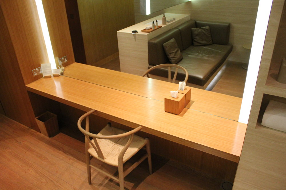 The Wing First Class Lounge by Cathay Pacific – Cabana dressing table
