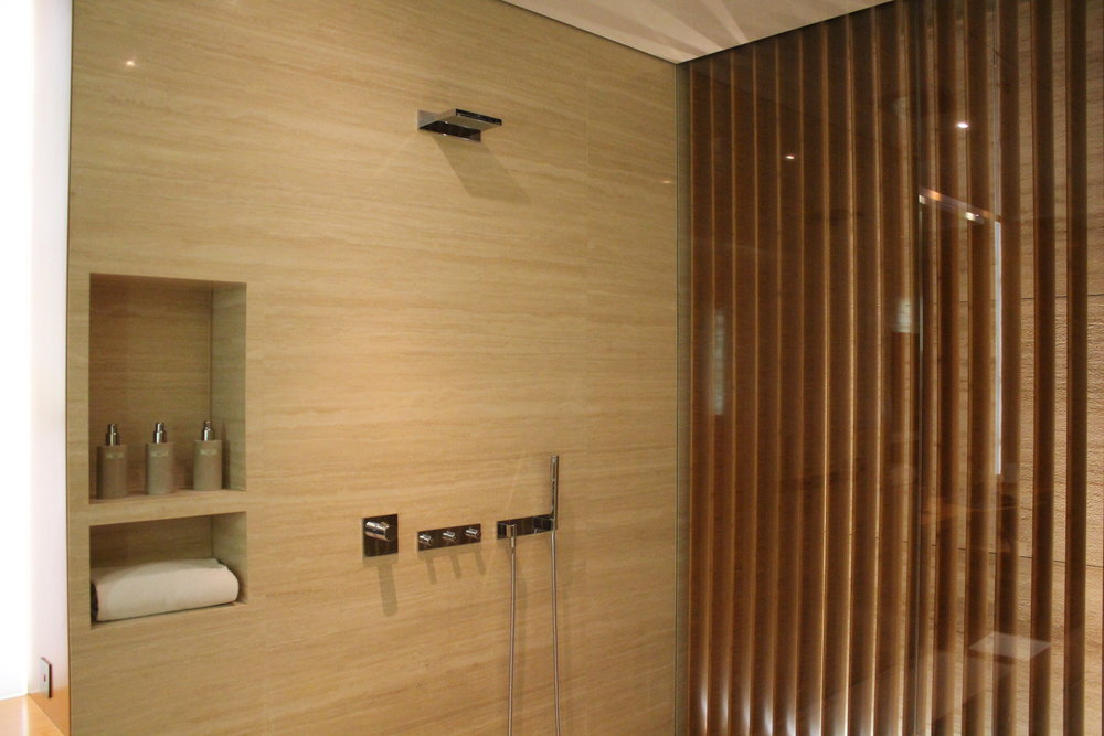 The Wing First Class Lounge by Cathay Pacific – Cabana shower