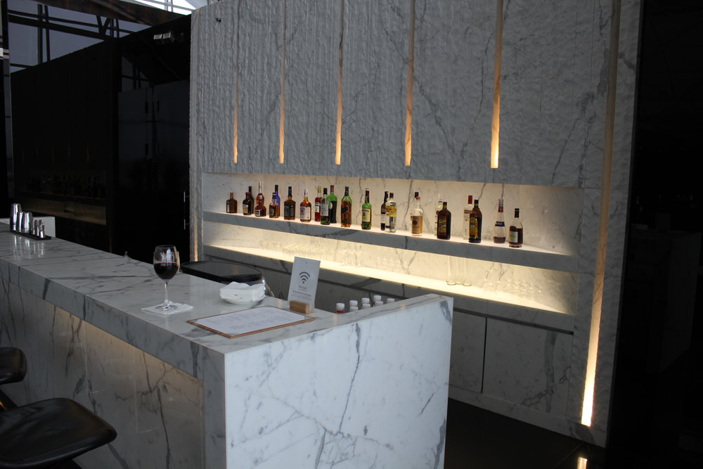 The Wing First Class Lounge by Cathay Pacific – Bar