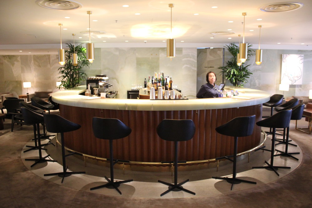 The Pier First Class Lounge by Cathay Pacific – The Bar