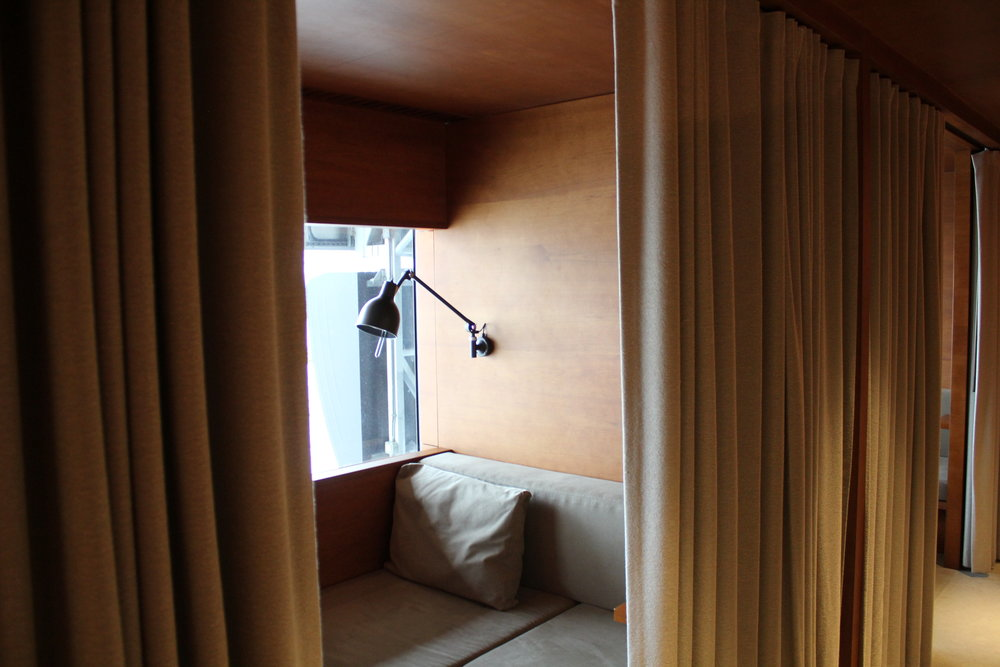 The Pier First Class Lounge by Cathay Pacific – Day suite