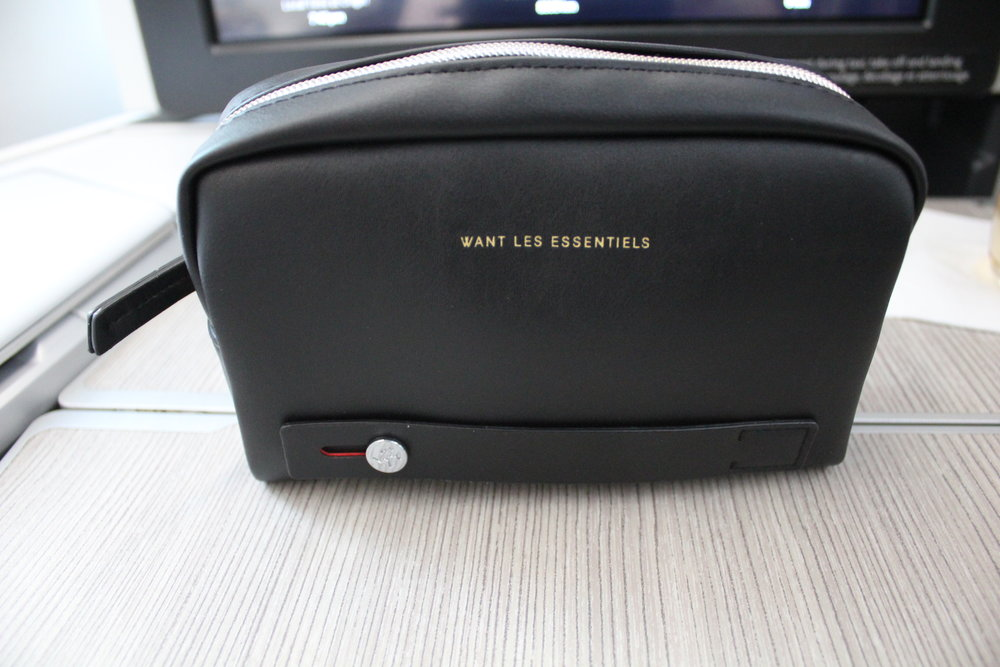 Air Canada business class – Amenity kit