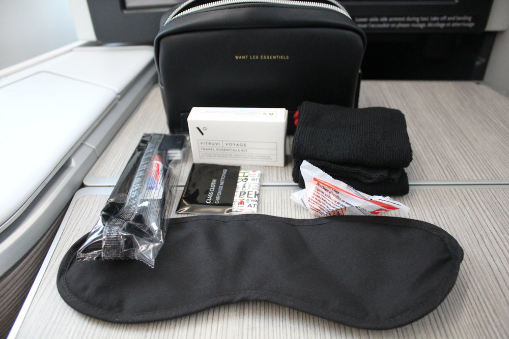 Air Canada business class – Amenity kit contents