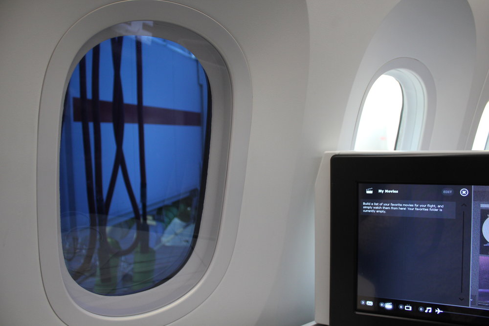 Air Canada business class – Boeing 787 self-dimming windows
