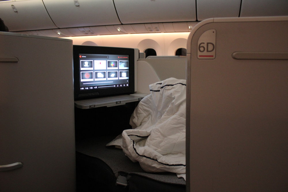 Air Canada business class – Seat 6D