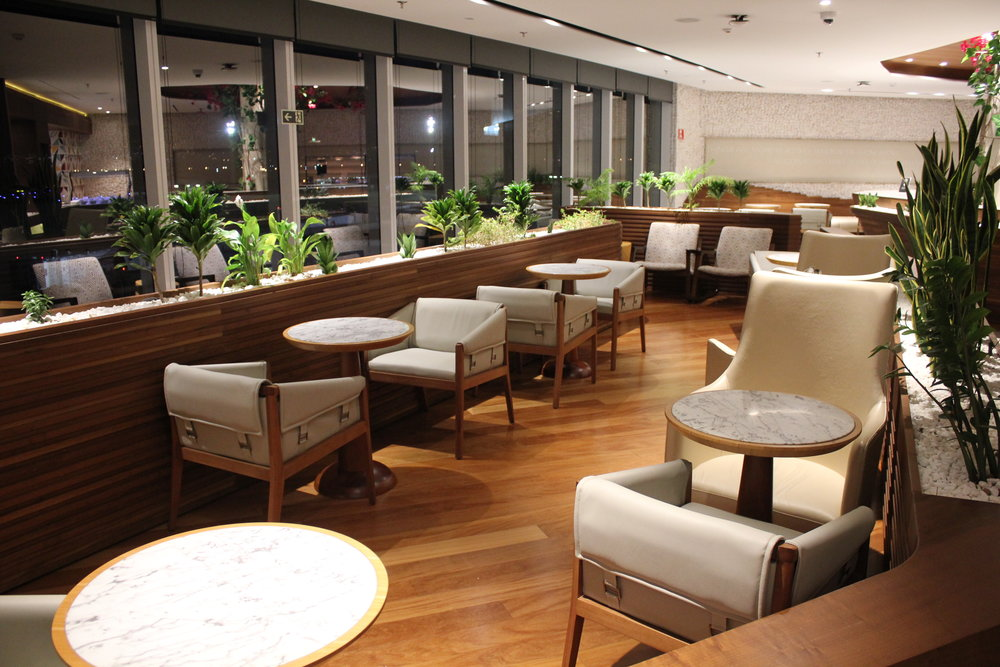 Star Alliance Lounge Rio de Janeiro – Dining tables