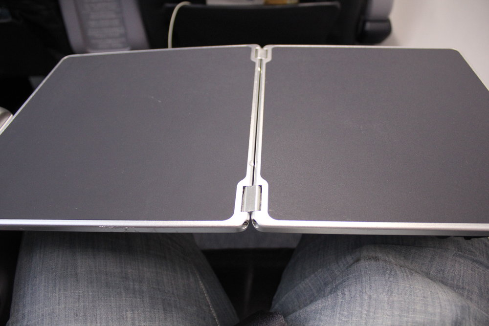 Copa Airlines business class – Tray table