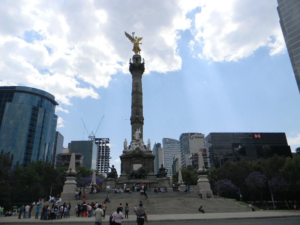 Ángel_de_la_independencia_(México_D,F).JPG