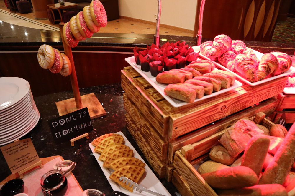 Renaissance St. Petersburg Baltic Hotel – Pastries