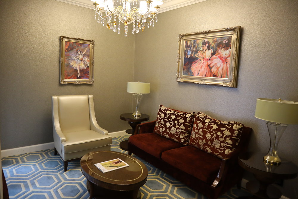 St. Regis Moscow Nikolskaya – St. Regis Suite sitting area