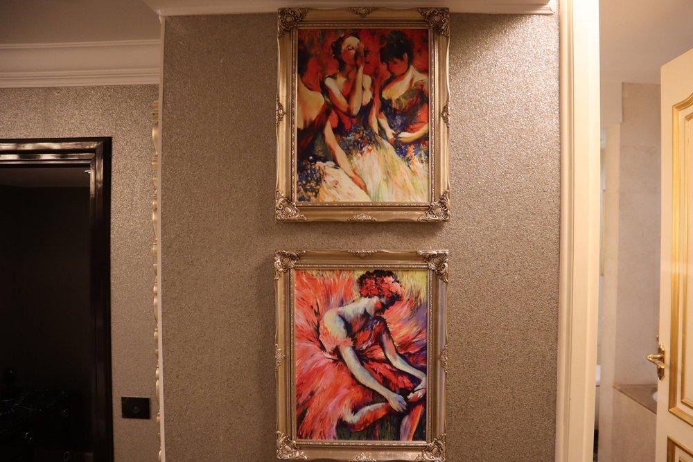St. Regis Moscow Nikolskaya – St. Regis Suite artwork