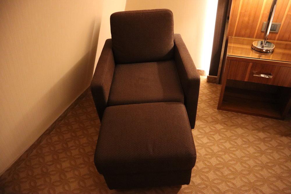 Marriott Novosibirsk – Junior suite armchair