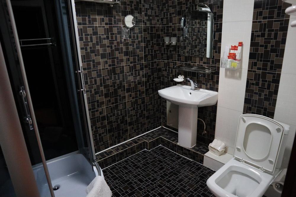 Best Western Gobi's Kelso Ulaanbaatar – Bathroom