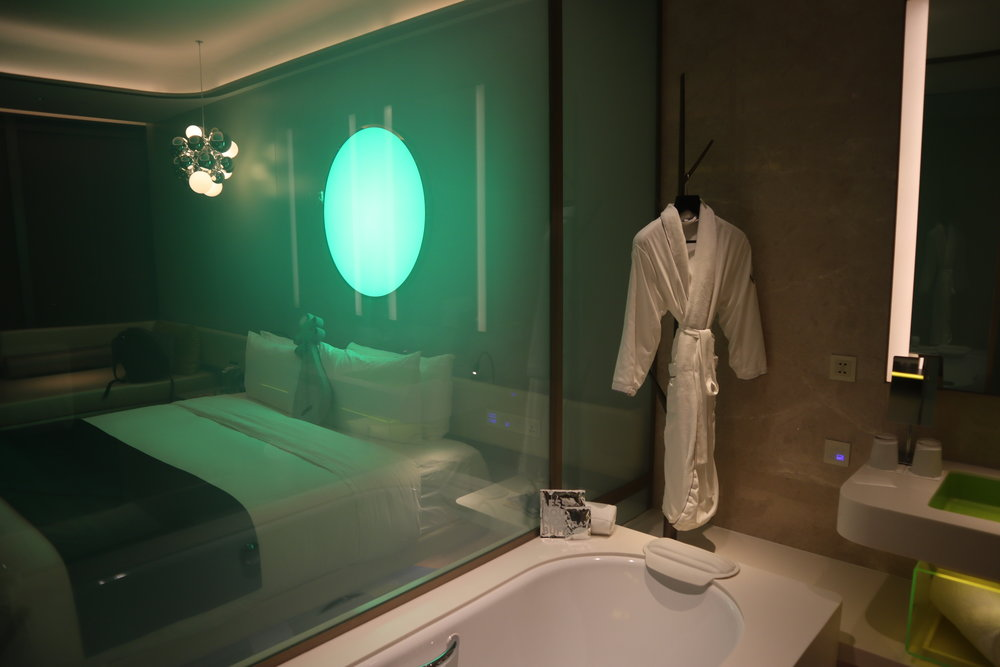 W Suzhou – Spectacular Room translucent frosted glass