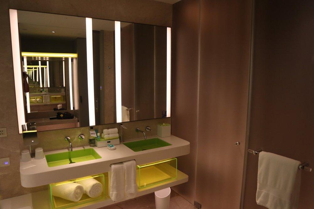 W Suzhou – Spectacular Room bathroom