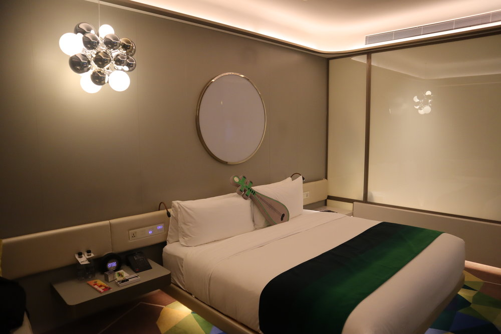 W Suzhou – Spectacular Room with Moon turned off