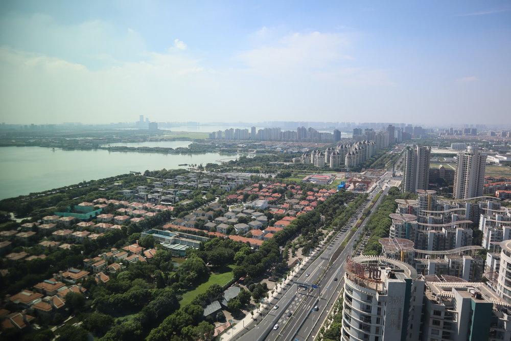 W Suzhou – Views of Jinji Lake