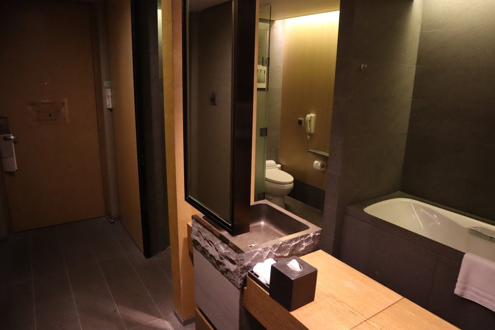 JW Marriott Dongdaemun Square Seoul – Bathroom
