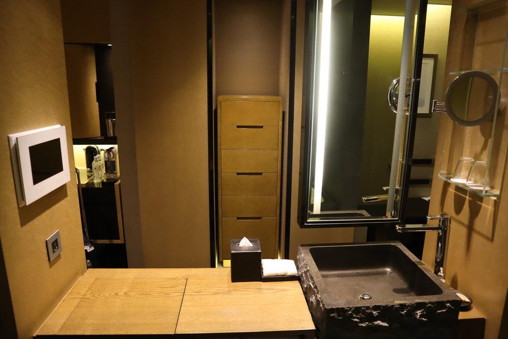 JW Marriott Dongdaemun Square Seoul – Countertop and vanity