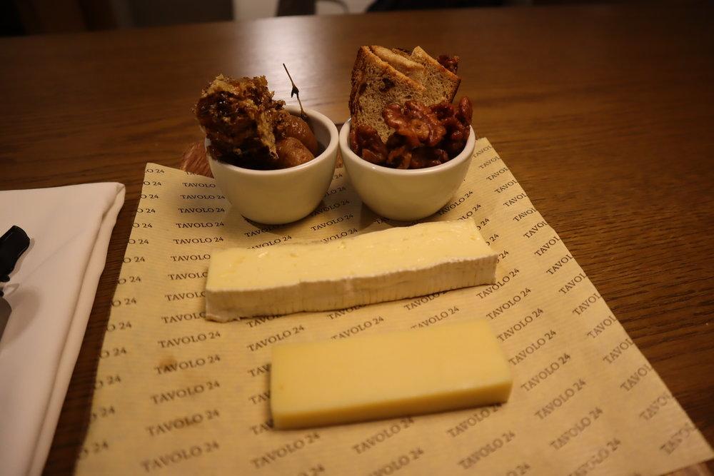 JW Marriott Dongdaemun Square Seoul – Cheese plate