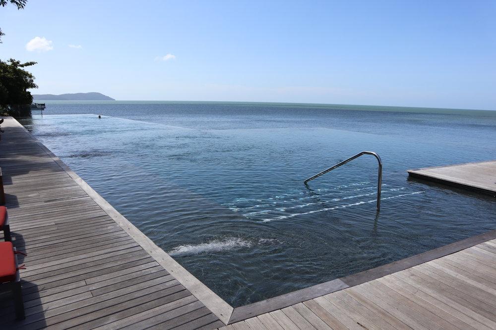 Horizon infinity pool, The Ritz-Carlton, Langkawi