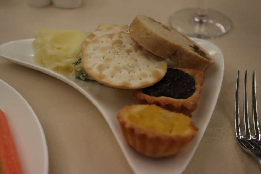 Asiana Airlines First Class – Cheese plate