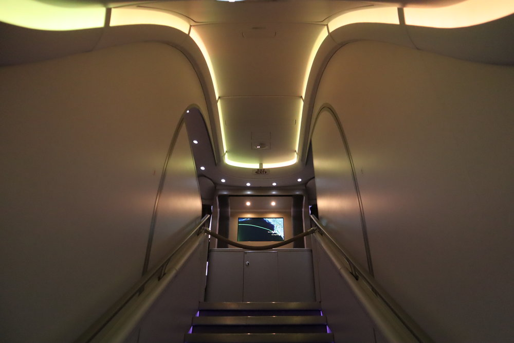 Asiana Airlines First Class – Airbus A380 staircase