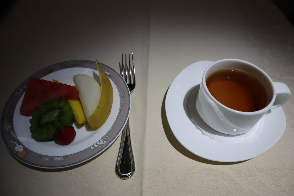 Asiana Airlines First Class – Fruit plate