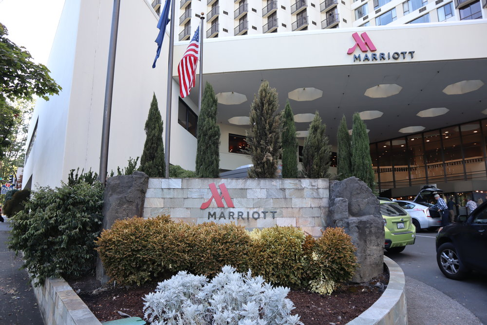 Marriott Portland Downtown Waterfront – Sign