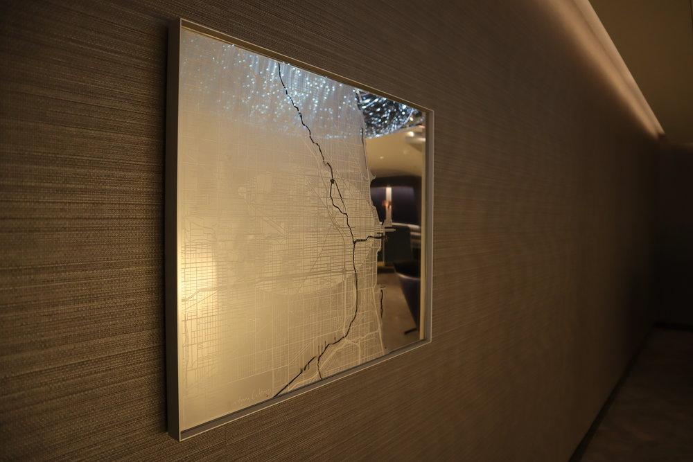 United Polaris Lounge Chicago – Artwork