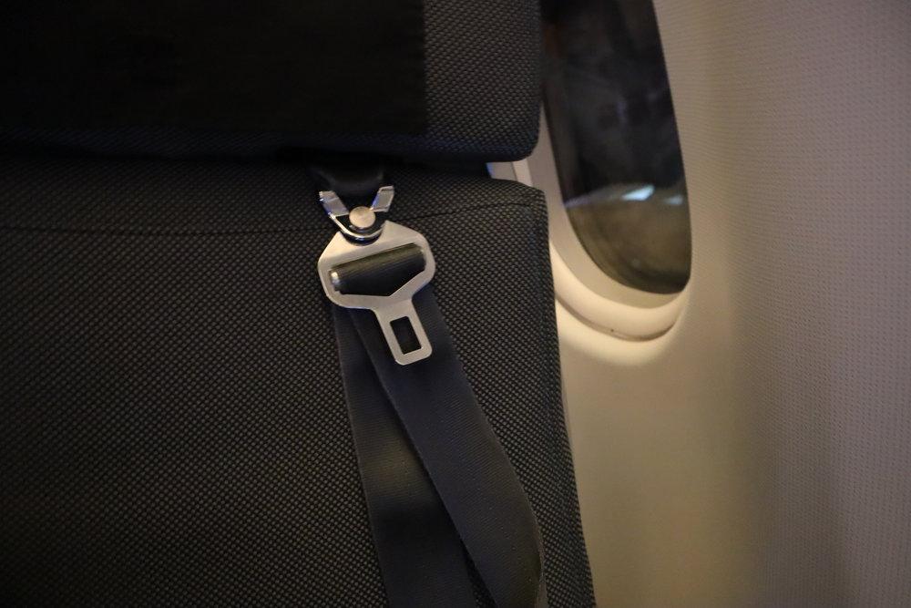 SAS business class – Shoulder belt