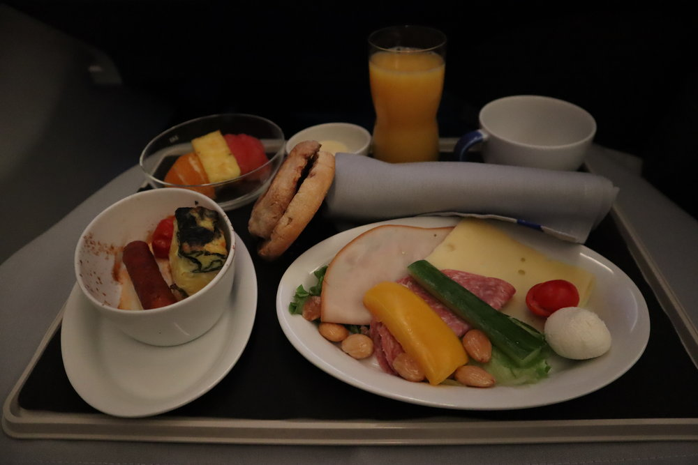 SAS business class – Pre-landing meal