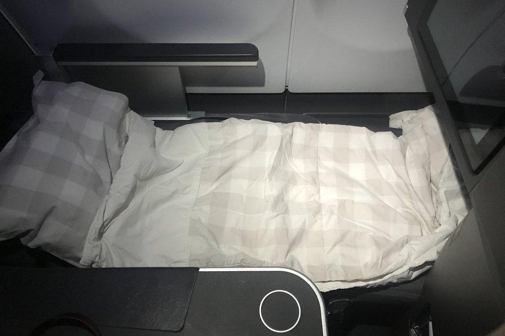 SAS business class – Bed