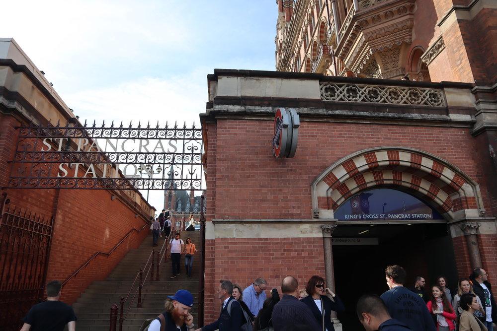 St. Pancras Renaissance Hotel London – Steps from tube station