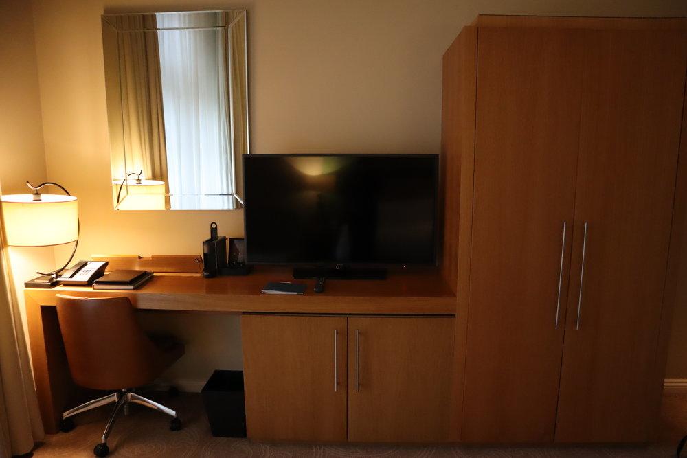 St. Pancras Renaissance Hotel London – Desk and cabinets