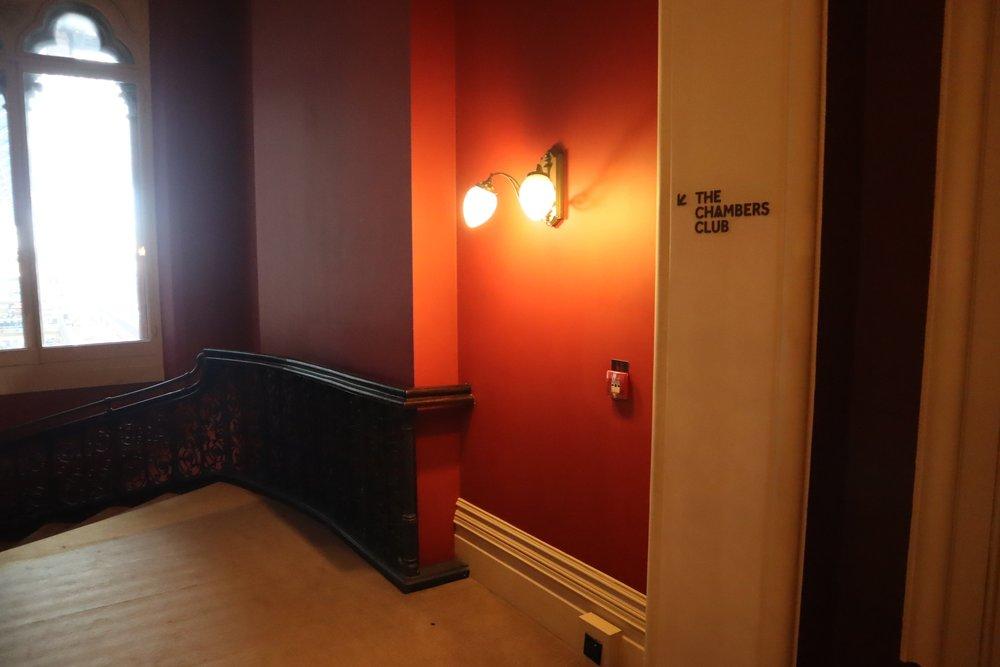St. Pancras Renaissance Hotel London – Staircase down to Chambers Club