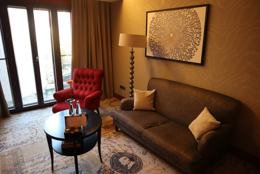 Hotel Telegraaf Tallinn – Junior suite sitting area