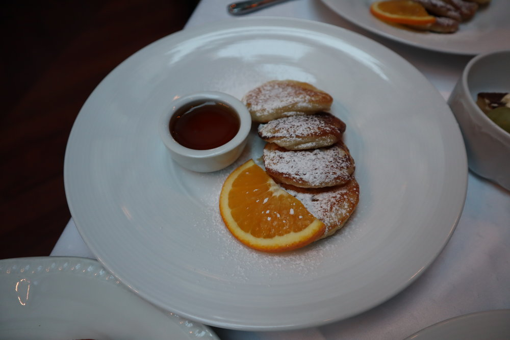 Hotel Telegraaf Tallinn – Pancakes with maple syrup