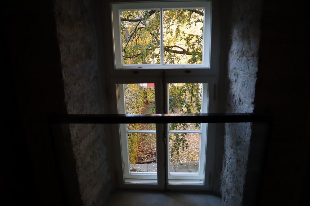 Hotel Telegraaf Tallinn – Hallway windows