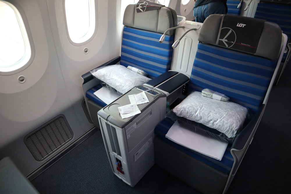 LOT Polish Airlines business class – Seats 1E and 1F