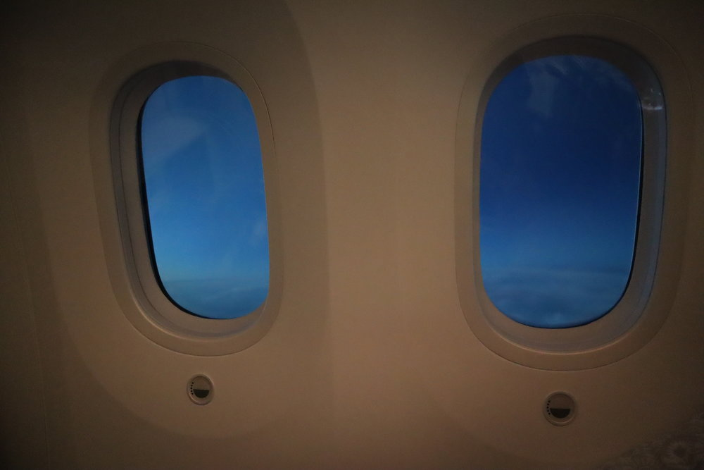 LOT Polish Airlines business class – Window views