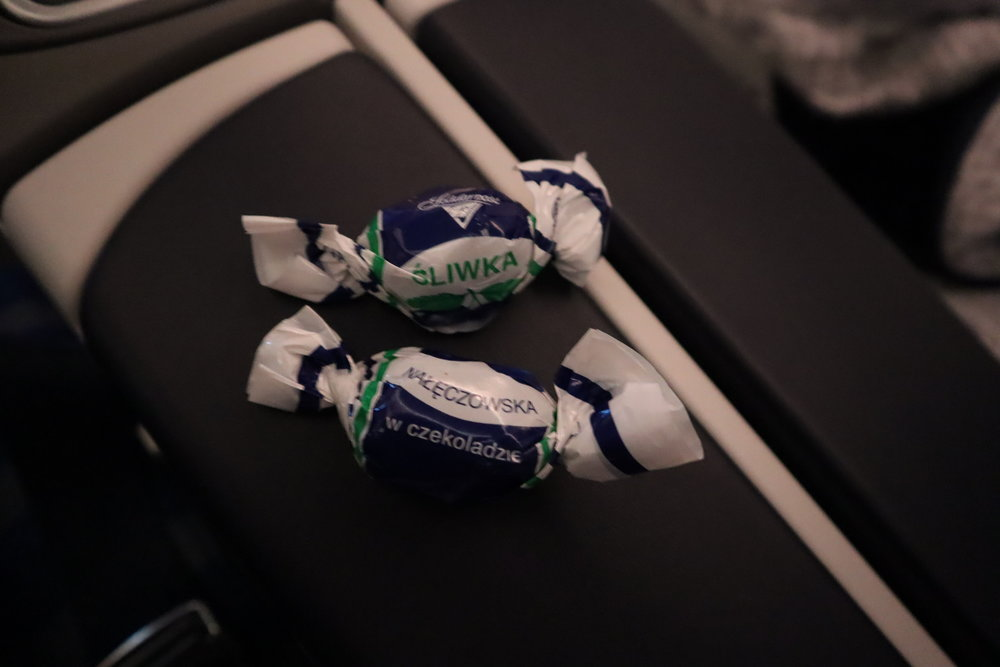 LOT Polish Airlines business class – Chocolates