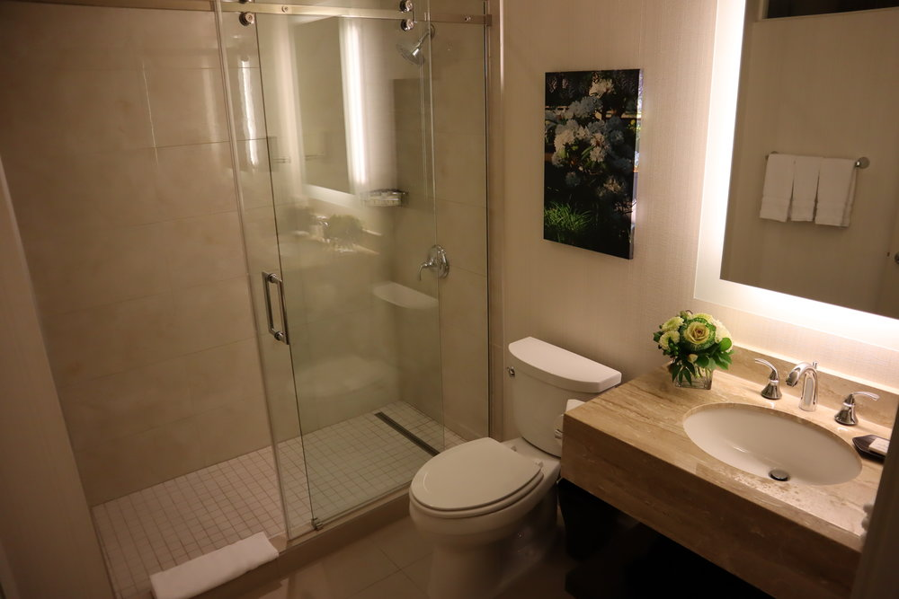 Sheraton Vancouver Wall Centre – Corner suite bathroom