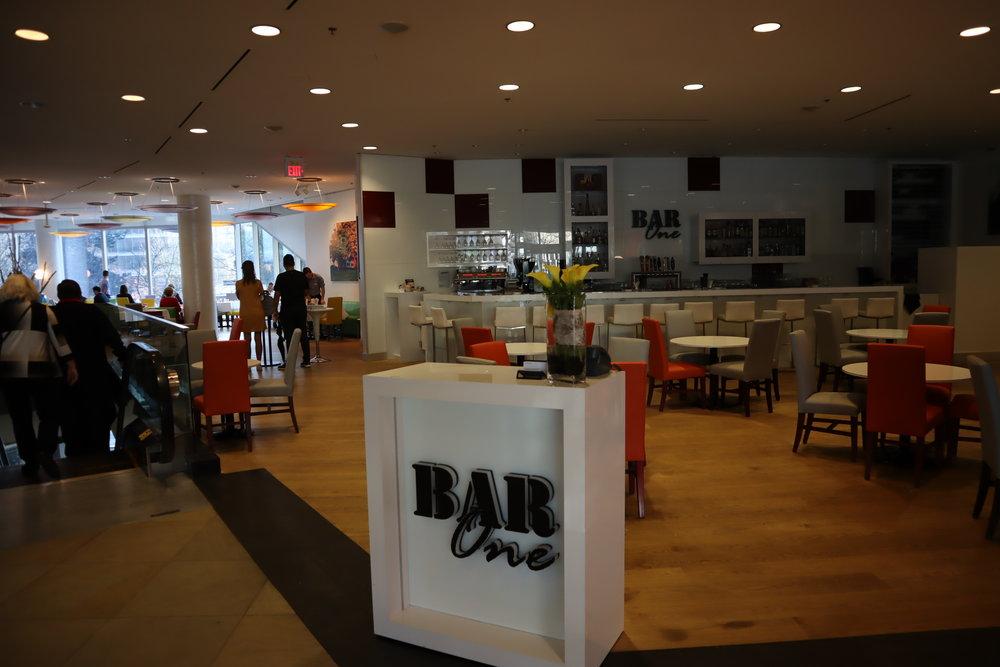 Sheraton Vancouver Wall Centre – Bar One